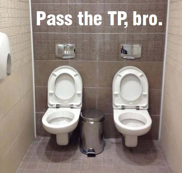 Ruské toalety - ve dvou to prá je větší zábava ... tak nevím
