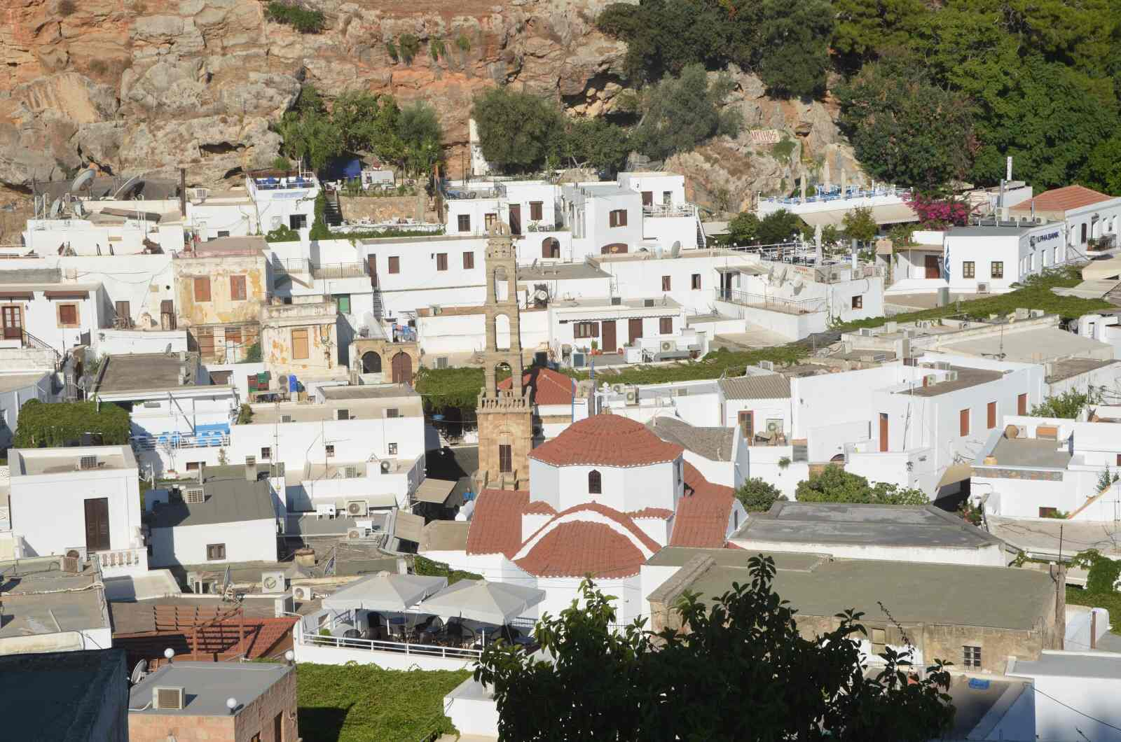 Foto 5: Pohled na městečko Lindos, Řecko, Rhodos