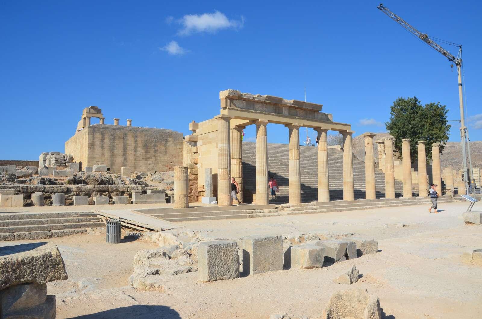 Foto 8: Zbytky starověké akropole a středověké johanitské pevnosti, Lindos, Řecko, Rhodos