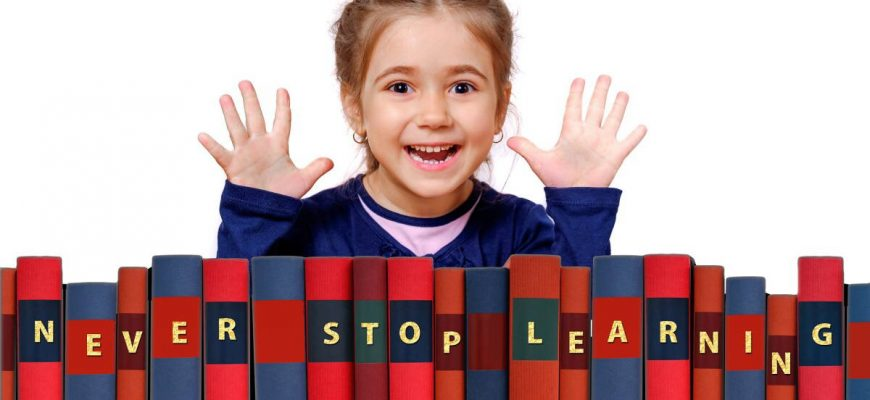 Měly by být domácí úkoly ve škole pro děti povinné nebo ne?